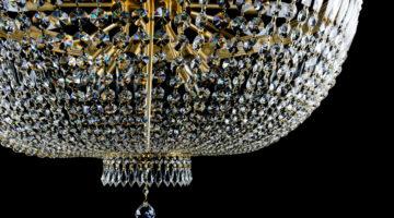 Хрустальные люстры в интерьере дома